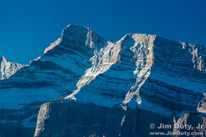121005-Mt-Rundle-5D3-3176-w7