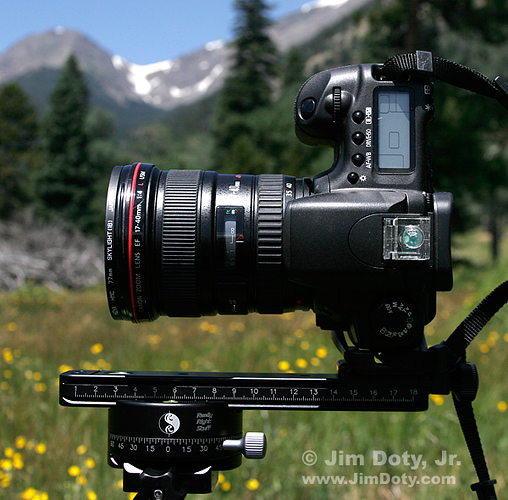 CAmera, nodal slide, and panning clamp. Photo copyright Jim Doty Jr.