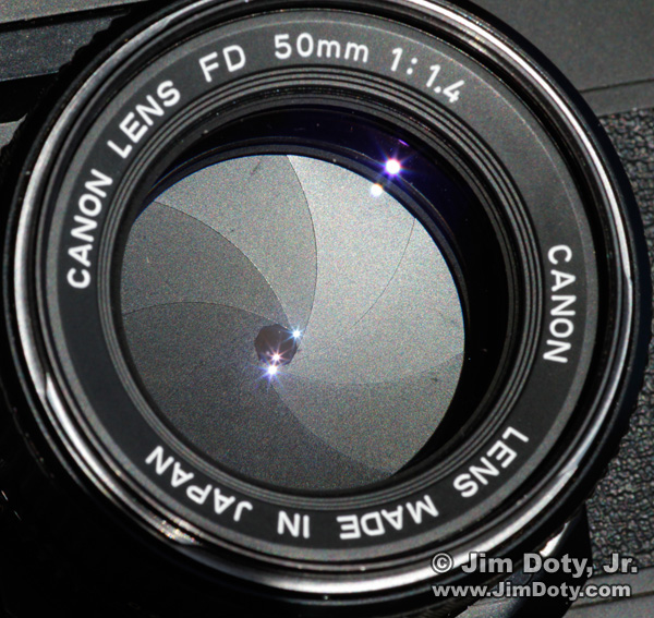 50mm lens set to f/11
